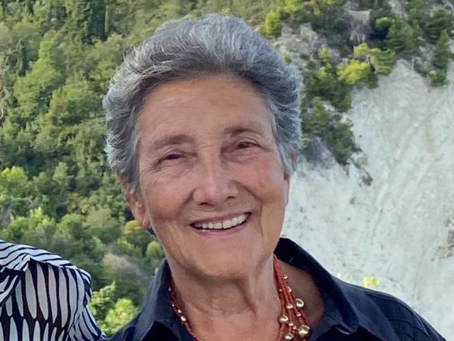 """Aspetta per un mese il vaccino e diventa positiva a 83 anni, lo sfogo di Elisabetta: """"Grazie Lombardia…"""""""