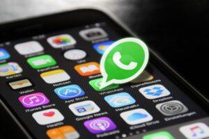 Foto inviate su Whatsapp, presto un aggiornamento per eliminarle con un timer