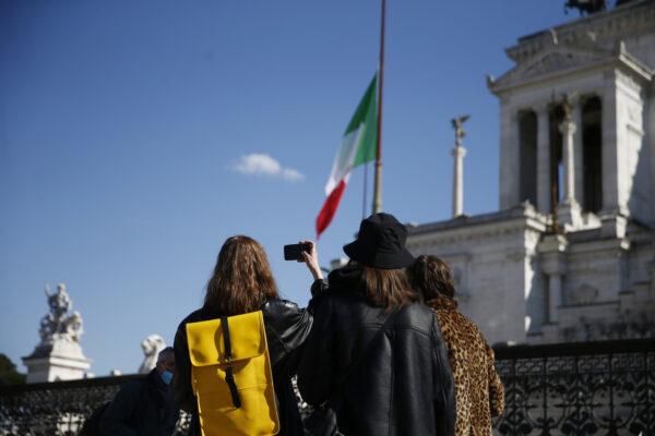 Italia travolta dal Covid, troppi peana e pochi mea culpa