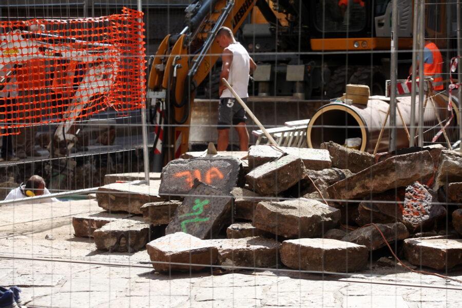 Campania, è boom di opere bloccate da cavilli: così si frena l'economia