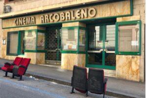 Chiude il cinema Arcobaleno, un megastore cinese al posto della storica sala