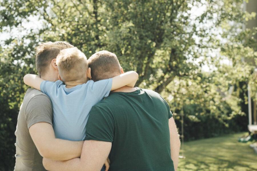 Più tutele ai figli delle coppie gay, guida alle due sentenze della Consulta