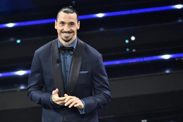 """Ibrahimovic e il ritardo a Sanremo: viaggio in moto per """"salvare"""" il Festival"""