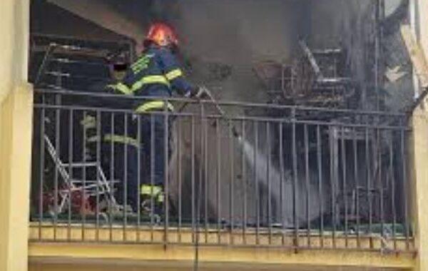 Incendio in casa a Battipaglia, badante muore per mettere in salvo due anziani coniugi