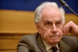 """""""Basta liti sul M5S, il Pd diventi un partito di sinistra"""", intervista a Mario Tronti"""