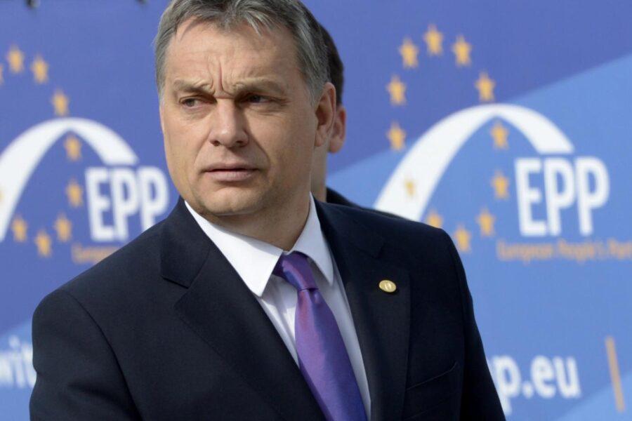 Orban lascia il Ppe: il leader ungherese di Fidesz divorzia dai Popolari e bussa alla porta di Giorgia Meloni