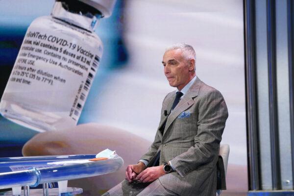 L'Ema fa ripartire i vaccini, ma l'Italia spreca un giorno in più per far contenta l'Aifa