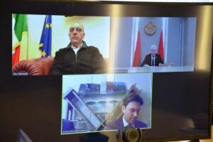 """Il grillino Petrocelli 'flirta' col dittatore Lukashenko: la repressione in Bielorussia è """"questione di sicurezza interna"""""""