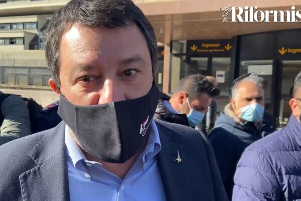 """Salvini spegne Letta: """"Solo un marziano parla oggi di Ius soli. Maresca sindaco di Napoli senza simboli"""""""
