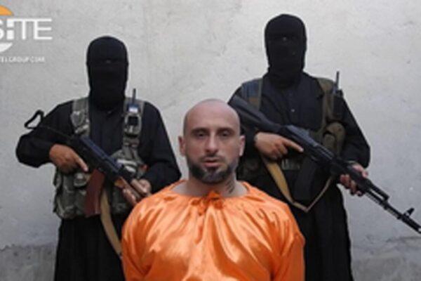 Inscenò il sequestro dei terroristi per intascare il riscatto, tre arresti per il caso Sandrini