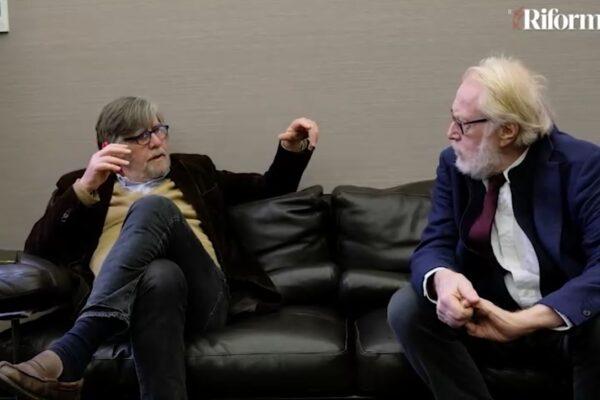 """Piero Sansonetti e Paolo Guzzanti: """"Draghi non è un uomo di ferro ma un timido"""""""