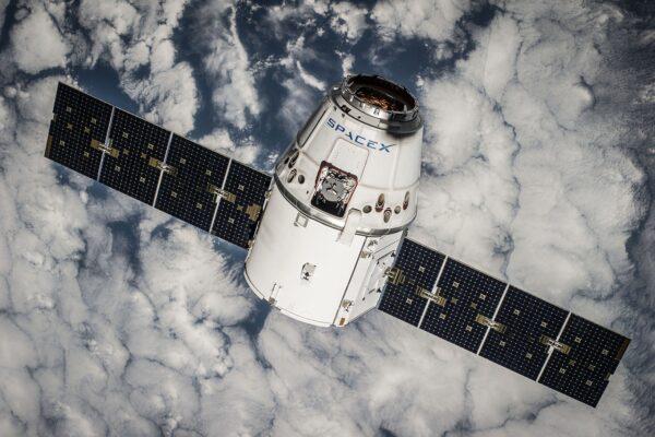 Svela i segreti di SpaceX, nei guai ingegnere che rischia fino a cinque anni