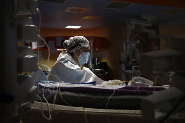 """Malata di Covid, Maria torna a casa dopo 4 mesi in terapia intensiva: """"Per 4 volte hanno detto che stavo per morire"""""""