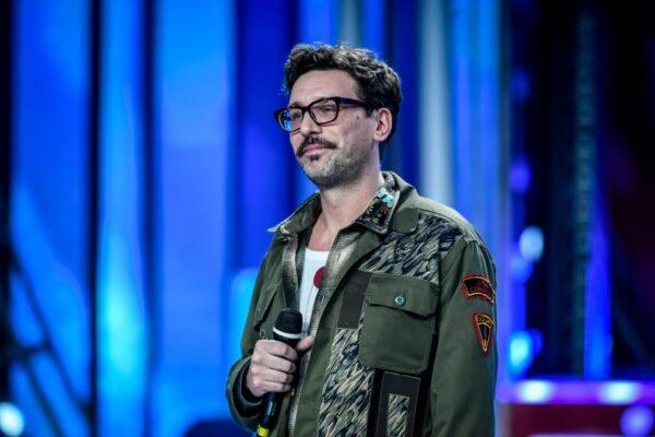 """Chi è Willie Peyote, il rapper che con """"Mai dire mai"""" porta 'Boris' sul palco del Festival di Sanremo"""