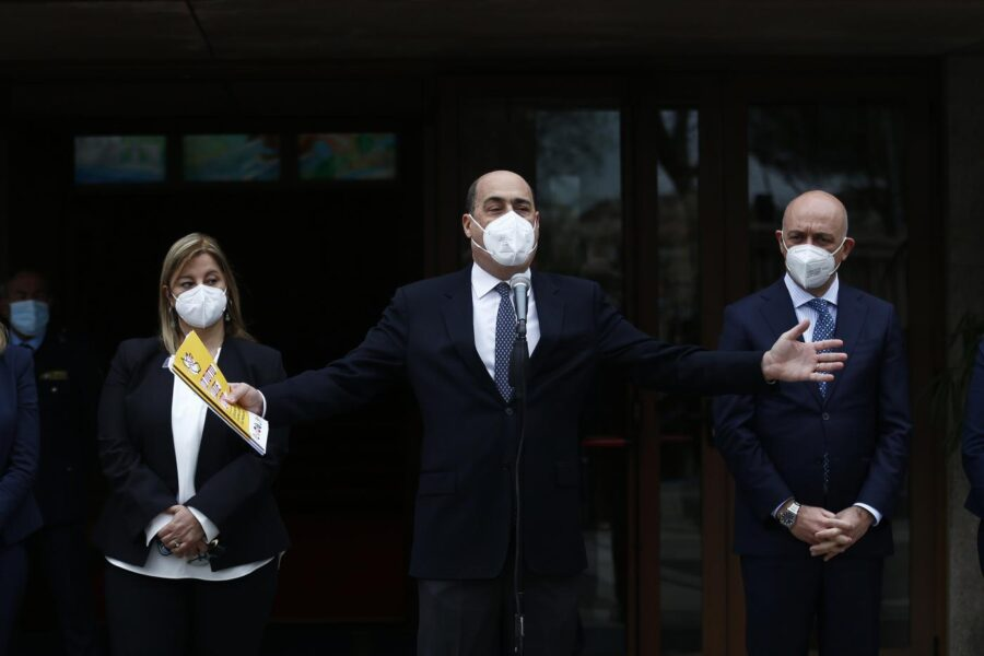 Regione Lazio, Zingaretti apre ai grillini: entrano in giunta due assessori M5S