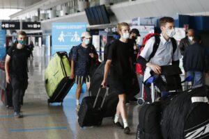 Viaggi dall'estero, prorogata la quarantena per chi torna da Paesi Ue: tutte le norme