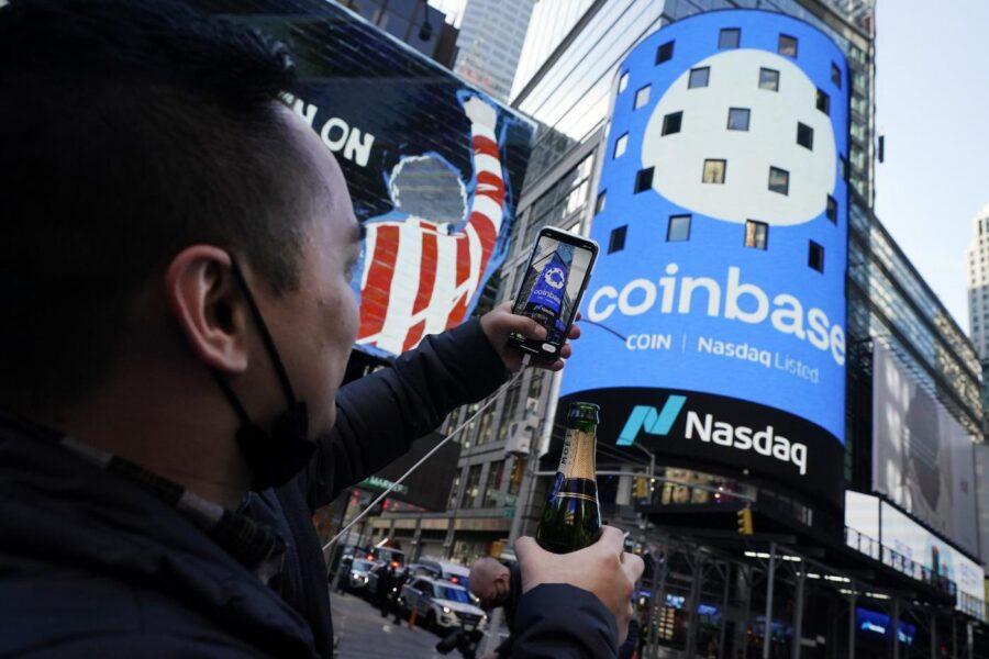 Che cos'è Coinbase, la piattaforma di criptovalute debutta a Wall Street