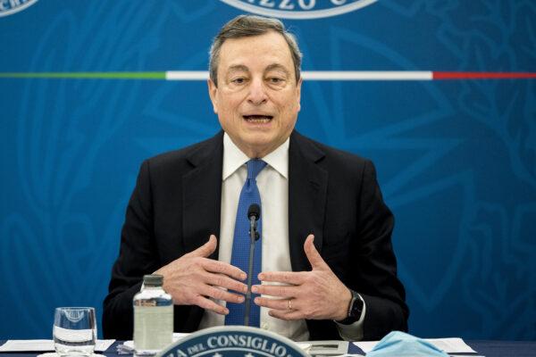 """Riaperture, l'annuncio di Draghi: """"Dal 26 aprile via libera a zona gialla, scuole e ristoranti all'aperto"""""""