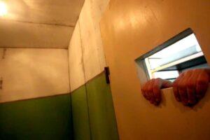 La Consulta non decide sull'ergastolo ostativo, dramma per 69 detenuti