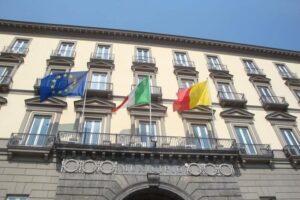 Comunali di Napoli, centrosinistra senza candidato è nel caos totale