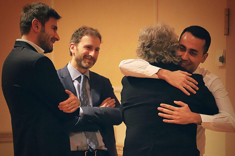 Tracollo 5S: il video di Grillo e la guerra con Casaleggio fanno sprofondare il Movimento nei sondaggi