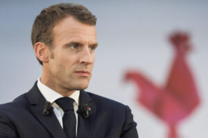 Perché Macron ha fatto arrestare i rifugiati politici italiani, cosa c'è dietro la decisione del governo francese