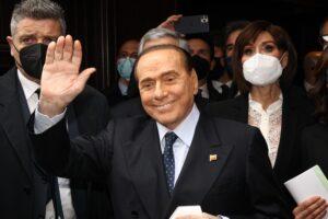Al Quirinale serve una persona che non abbia paura del potere del partito dei Pm: Berlusconi!