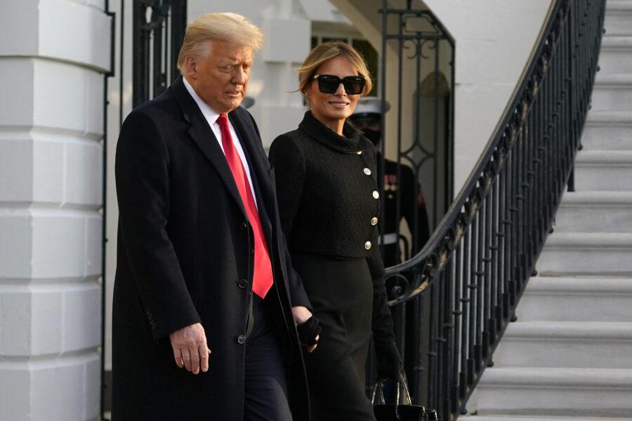 """Donald e Melania Trump si vendono, comparsate per matrimoni e compleanni: """"Richieste numerose"""""""