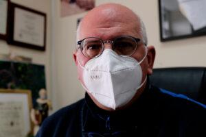 """""""Con il vaccino iniziamo a vedere la luce ma bisogna stringere ancora i denti"""", Ascierto racconta un anno di pandemia"""