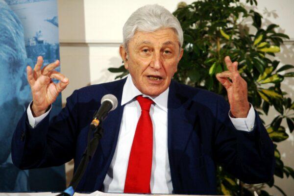 L'appello di Bassolino offre alla politica l'occasione di dire addio al populismo