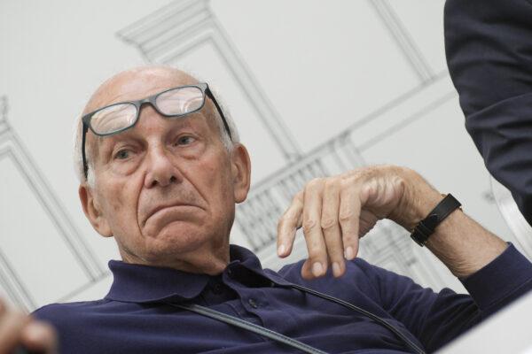 """""""La Super League era un tentativo dei ricchi contro la democrazia"""", intervista a Fausto Bertinotti"""