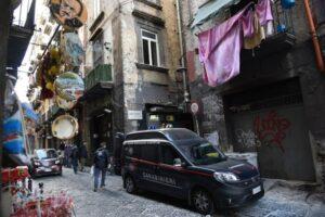 """Scacco al clan Sibillo, 21 arresti nel gruppo della """"paranza dei bambini"""""""