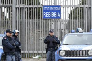 Focolaio Covid a Rebibbia: positive 48 detenute e 3 agenti