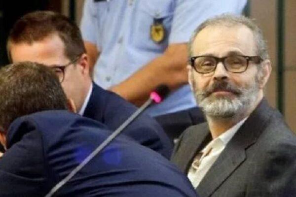 """Ergastolo per Leonardo Cazzaniga, il viceprimario che ha ucciso 10 pazienti per """"alleviare le sofferenze"""""""