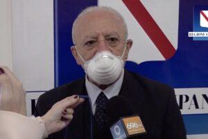 """De Luca avverte: """"Mantenere rigore o altri mesi di calvario, su Sputnik l'Aifa si decida"""""""