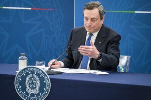"""Decreto Sostegni bis, 40 miliardi per far """"rimbalzare"""" il Pil: ma Draghi stoppa Letta sulla tassa di successione"""