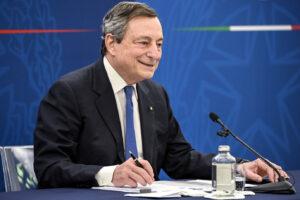 Gli italiani vogliono una leadership politica, può essere Draghi?
