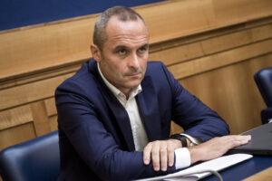 """""""Inchieste lumaca, i Procuratori generali non applicano la legge"""", l'accusa di Enrico Costa"""
