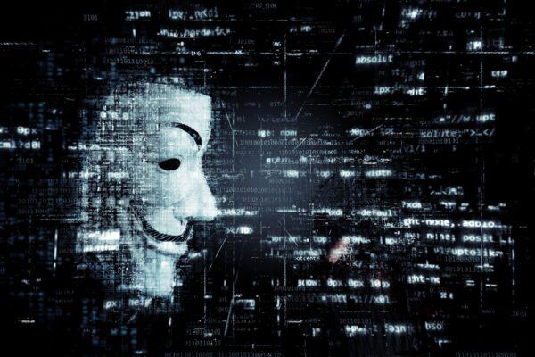 """Apple sotto attacco: hacker russi fanno tremare le Big Tech con la """"doppia estorsione"""""""