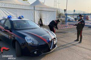 Molotov contro il centro vaccinale di Brescia: secondo attacco dopo quello all'ISS