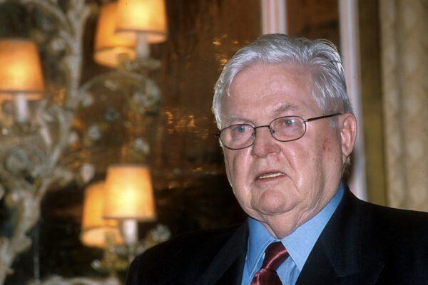 """Chi era Robert Mundell, l'economista e """"architetto dell'Euro"""" morto a 88 anni"""