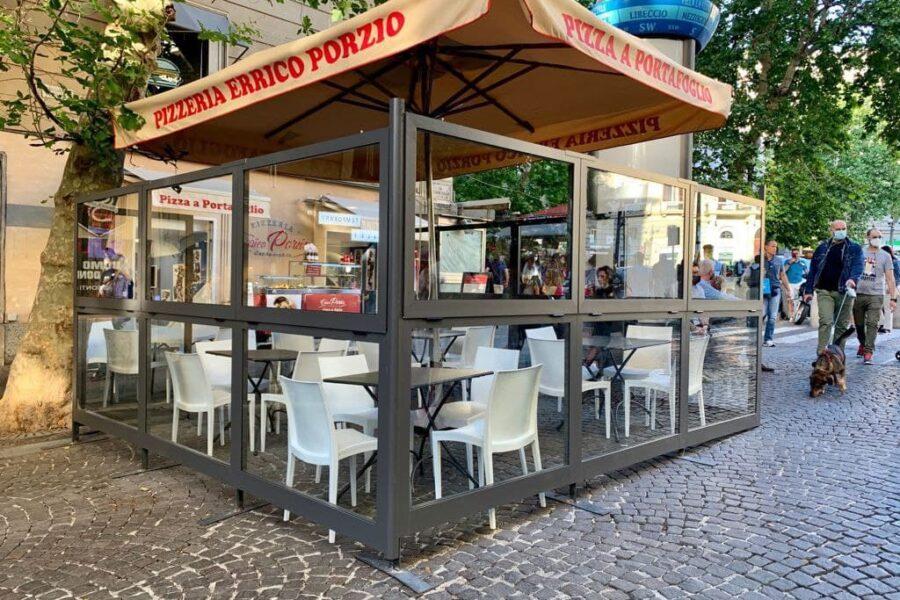Le migliori pizzerie all'aperto dove mangiare a Napoli