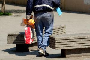 Covid e crisi divorano le famiglie, serve un patto contro la povertà
