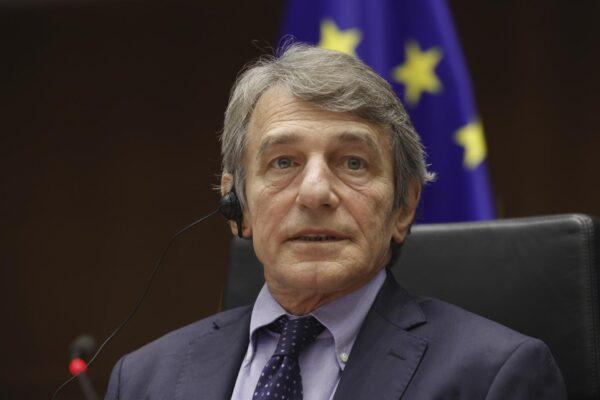 Rappresaglia russa contro l'Europa, sanzioni contro Sassoli e altri sette: vietato l'ingresso nel Paese
