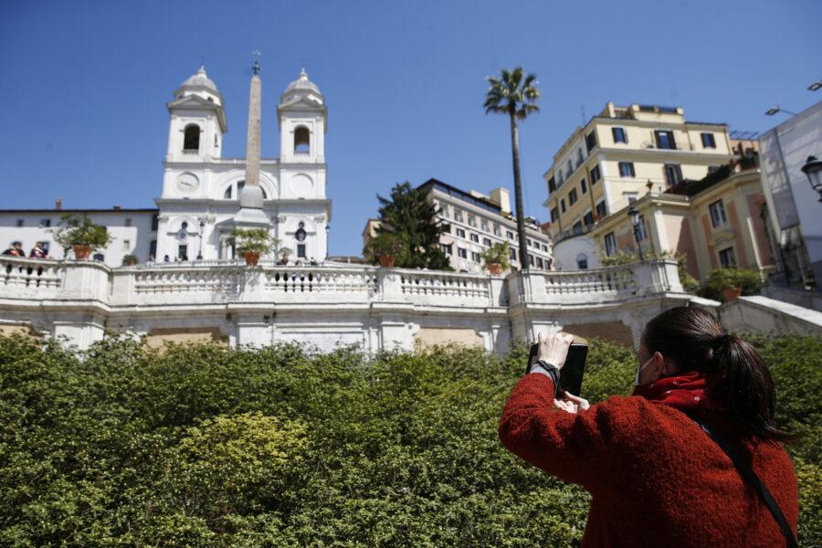 Il turismo può rilanciare gli investimenti immobiliari, così Napoli può avvicinarsi a Milano
