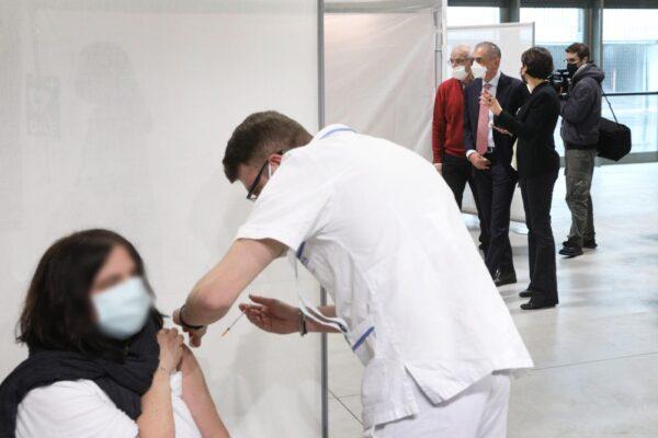 In Campania aziende pronte ad immunizzare, ma mancano i vaccini