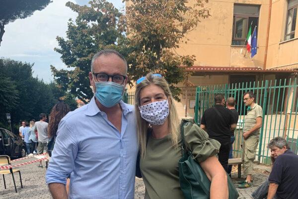 Il sindaco di Albano con Enrica Cammarano