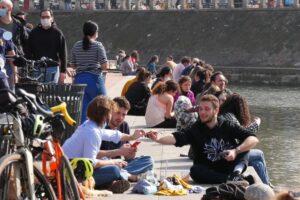 Poco lavoro, niente casa, la pensione come un miraggio: la crisi degli under 35 italiani