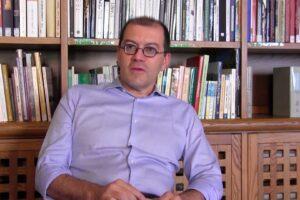 """""""Servono idee e candidati, la loro mancanza fa male alle democrazia"""", intervista a Massimo Adinolfi"""
