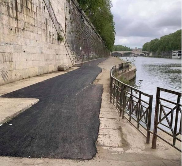 La ciclabile sul lungotevere